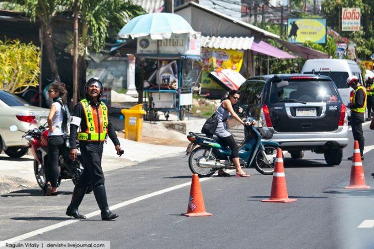 Дорожная полиция Тайланд