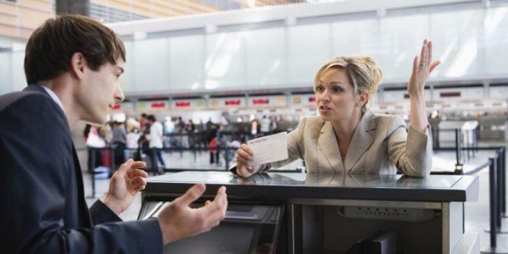 Почему вас могут не пустить на борт самолета (и другие секреты бортпроводников)