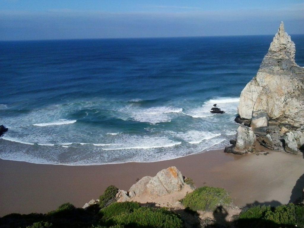 Как туристу добраться до мыса Рока из Лиссабона и что там посмотреть