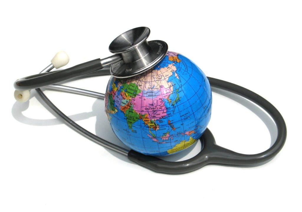 О чем часто забывают туристы при оформлении медицинской страховки