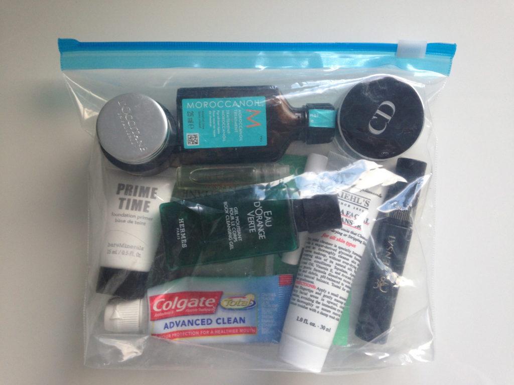 Как правильно упаковать чемодан в ручную кладь