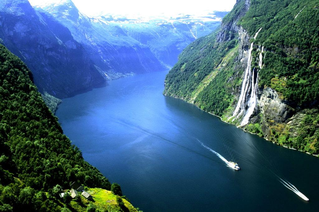Куда лучше всего ехать в Скандинавию чтобы посмотреть на фьорды