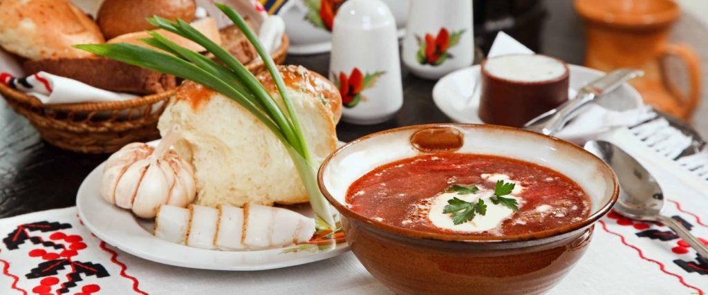 По какой привычной еде чаще всего скучают в Азии туристы из России