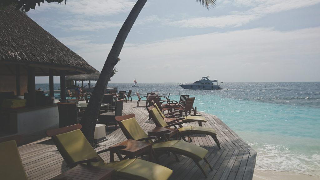 Как найти реальные отзывы о курортах путешественникам