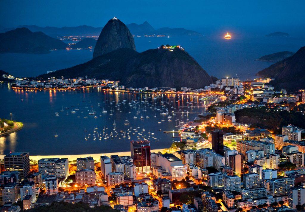 6 городов в которых туристам лучше не гулять вечерами