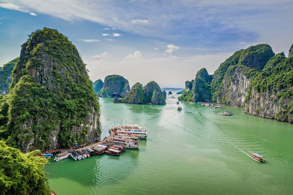 Как россиянам отдохнуть во Вьетнаме без визы