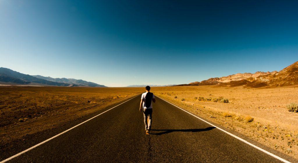 Путешествие в одиночку: все плюсы и недостатки
