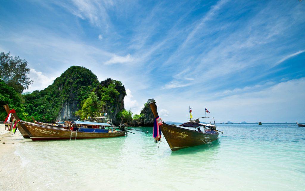 Что обязательно стоит взять с собою туристу в первую поездку в Таиланд