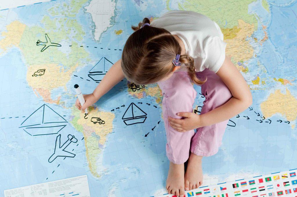В каких случаях не требуется доверенность на ребенка при выезде в турпоездку