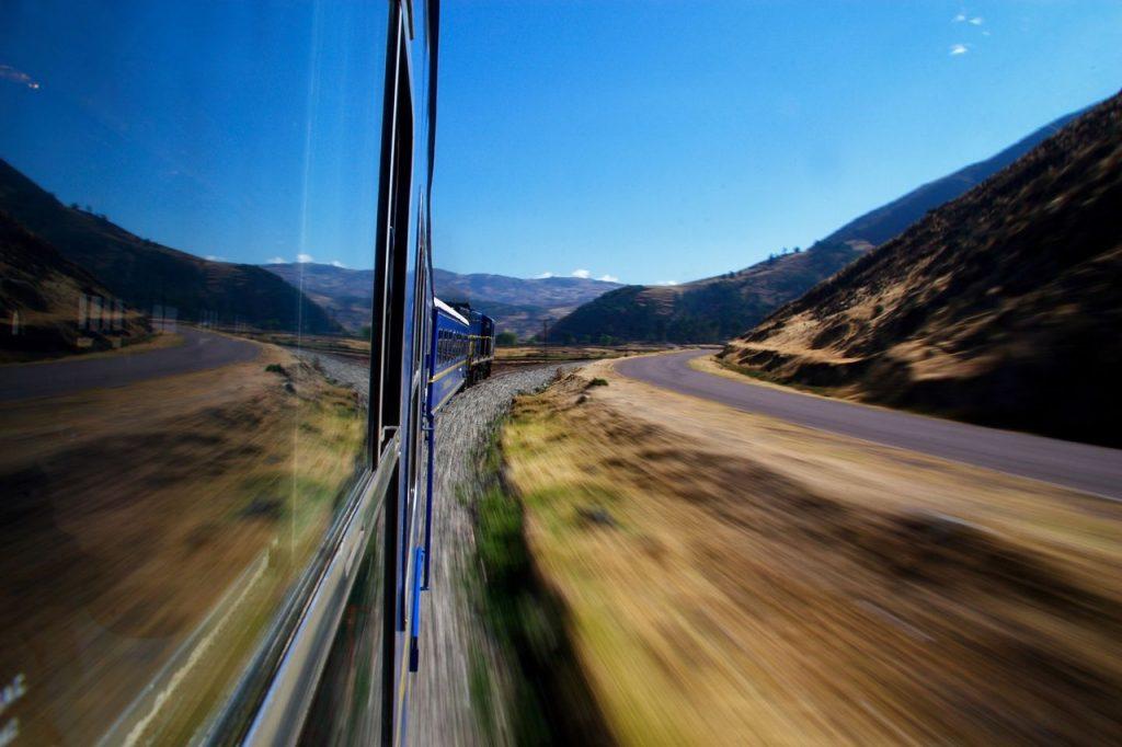 Какие вещи туристу следует взять с собой в поезд чтобы путешествовать с комфортом