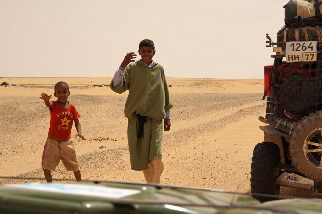 Почему туристам опасно подавать попрошайкам в чужих странах