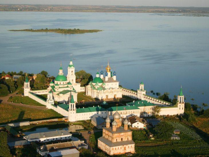 Чем интересно Золотое Кольцо России для иностранных путешественников