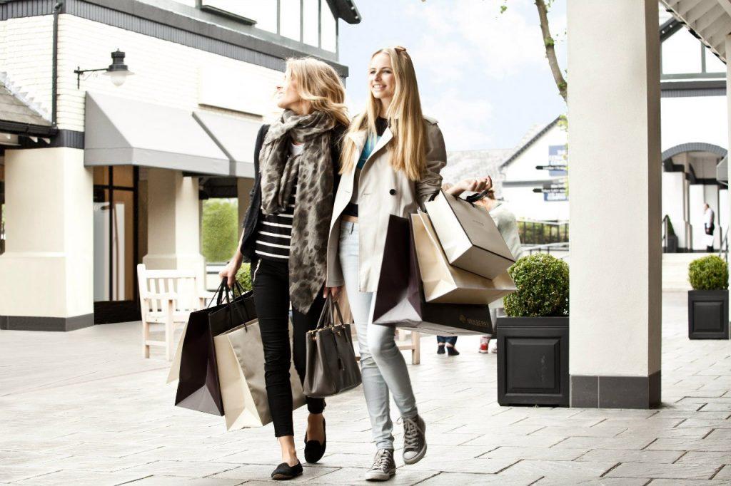 В каких странах проводятся сезонные распродажи для туристов весной