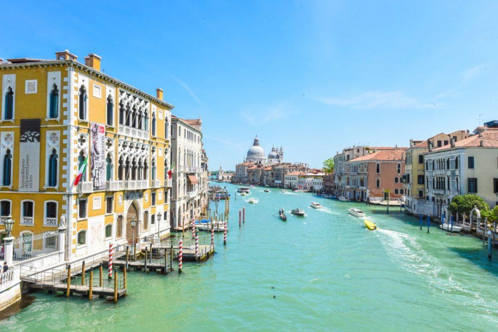 7 самых красочных городов которые хорошо посетить в любое время года