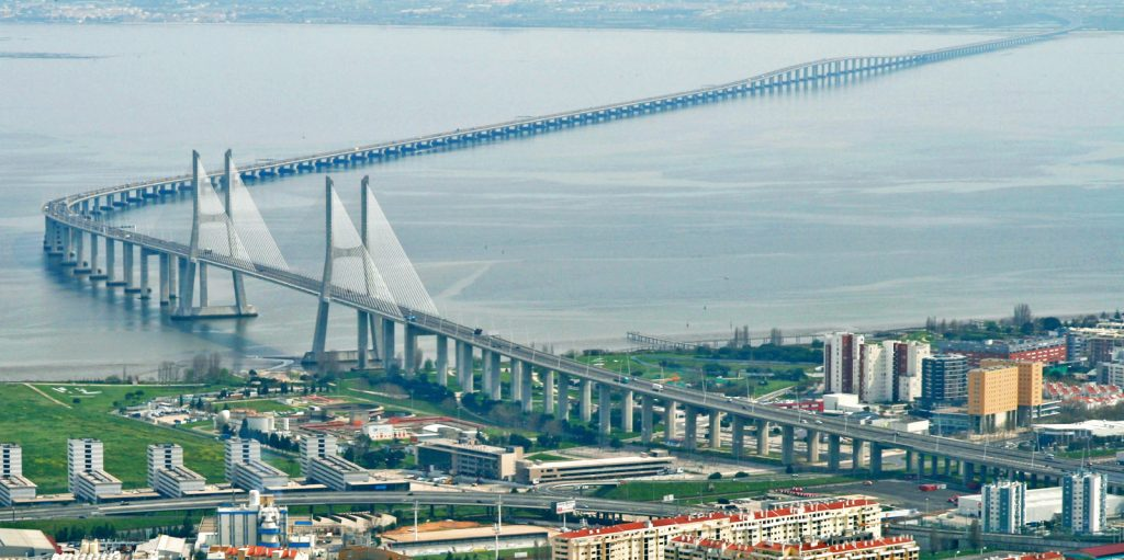 8 городов с красивейшими мостами