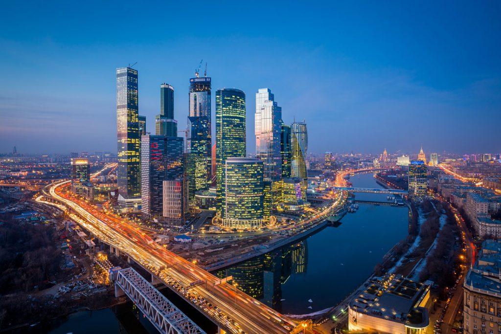 9 городов в России куда стоит съездить в майские праздники