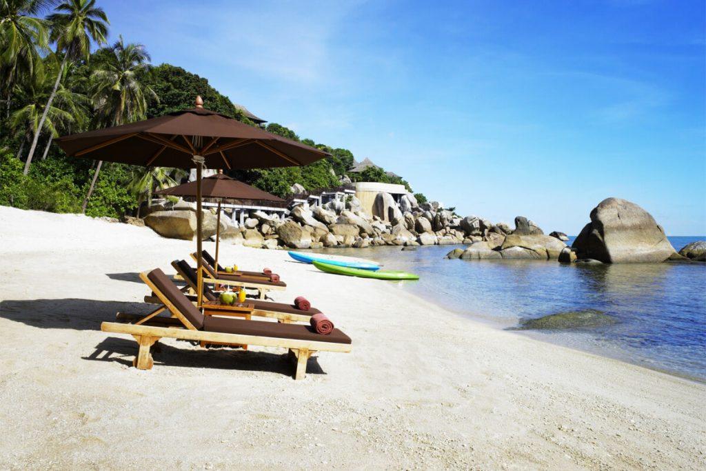 7 советов как выбрать пляж для отдыха с детьми