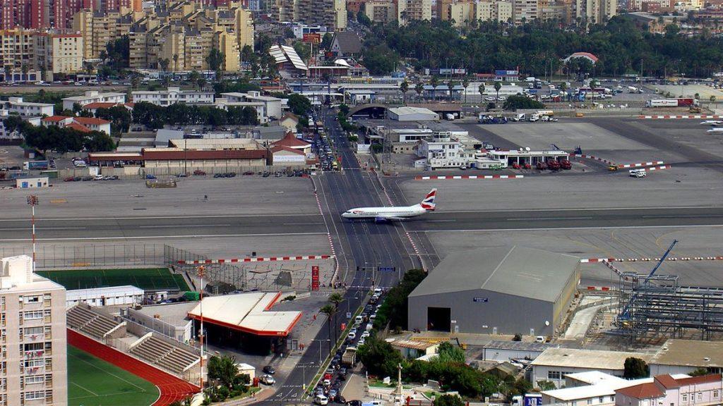 Чем интересен для путешественников Гибралтар