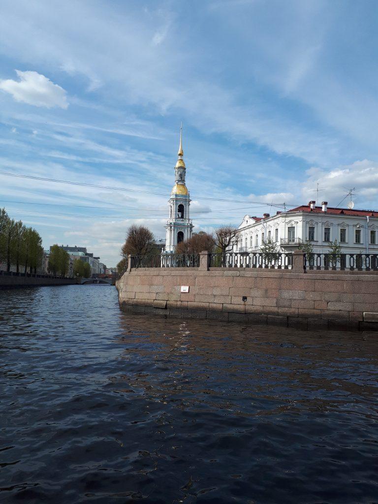 Как бюджетно съездить отдохнуть в Санкт-Петербурге