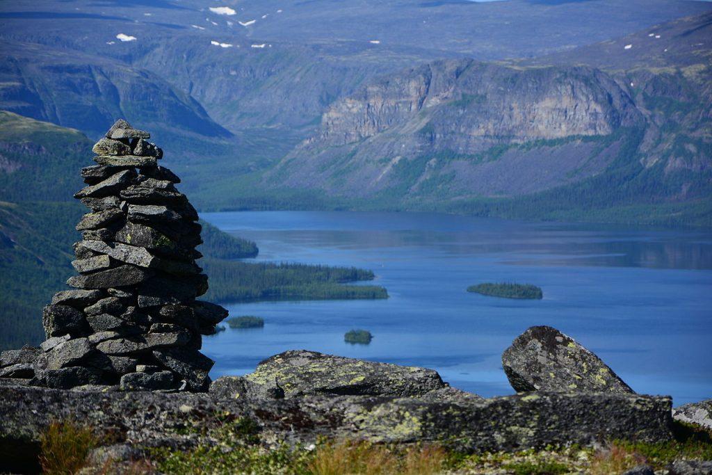 Самые красивые озера России, открытые для посещения туристами