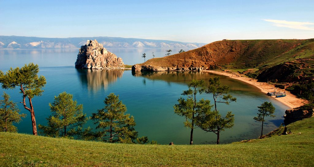 10 причин поехать посмотреть на Байкал этим летом
