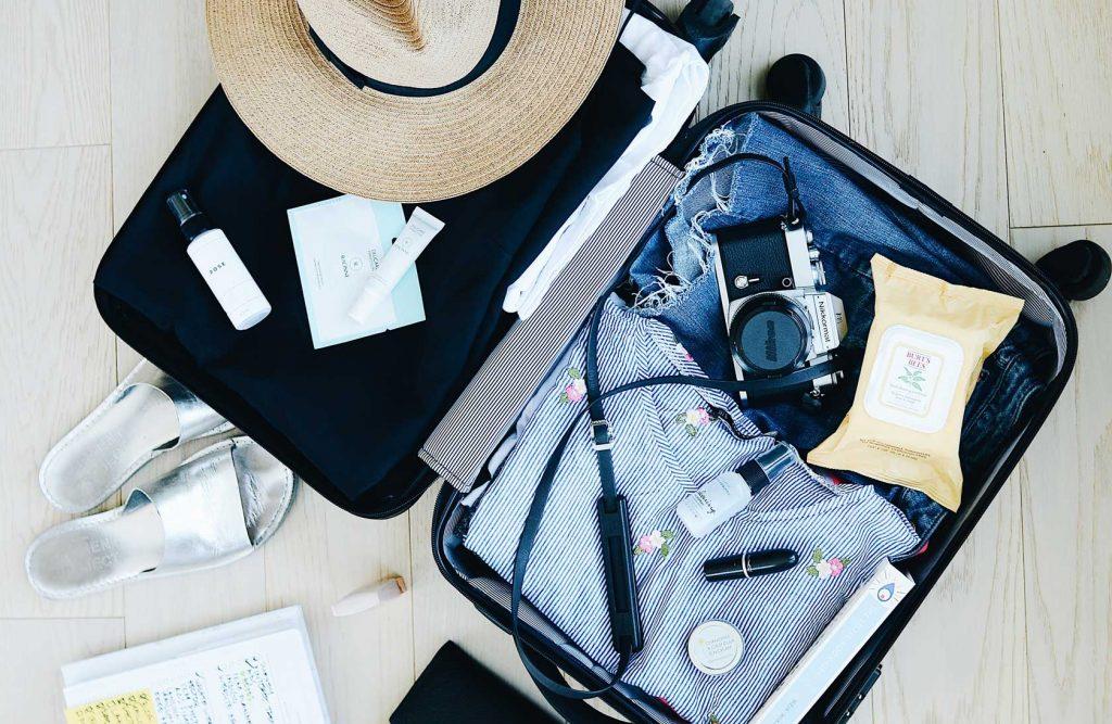 5 вещей в вашем багаже, которые скорее всего никогда не понадобятся во время отпуска
