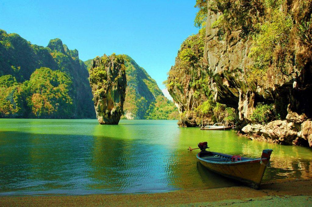 Куда поехать летом в Азию