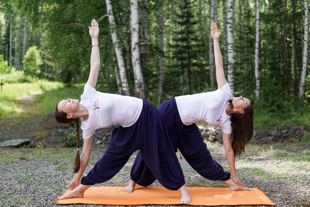 Зачем путешественники отправляются в йога-туры