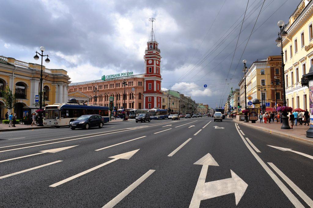 4 места которые стоит посетить в летней поездке по Санкт-Петербургу