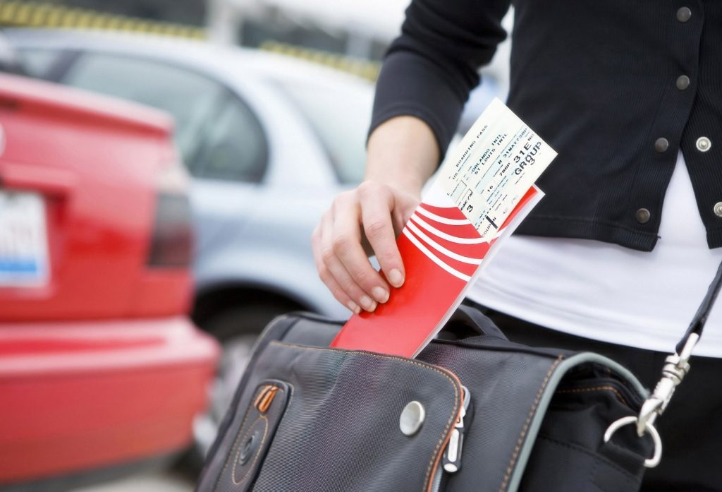 В каких случаях туроператор должен полностью вернуть деньги за отмененную поездку