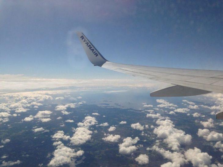 Какие подвохи ожидают туристов при покупке самых дешевых авиабилетов