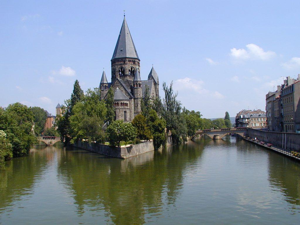 4 интересных места во Франции, которые туристам не покажут