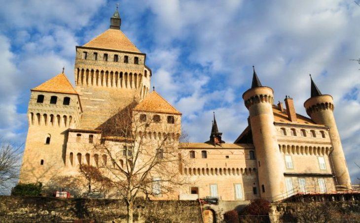 Жемчужины Швейцарии: самые впечатляющие замки