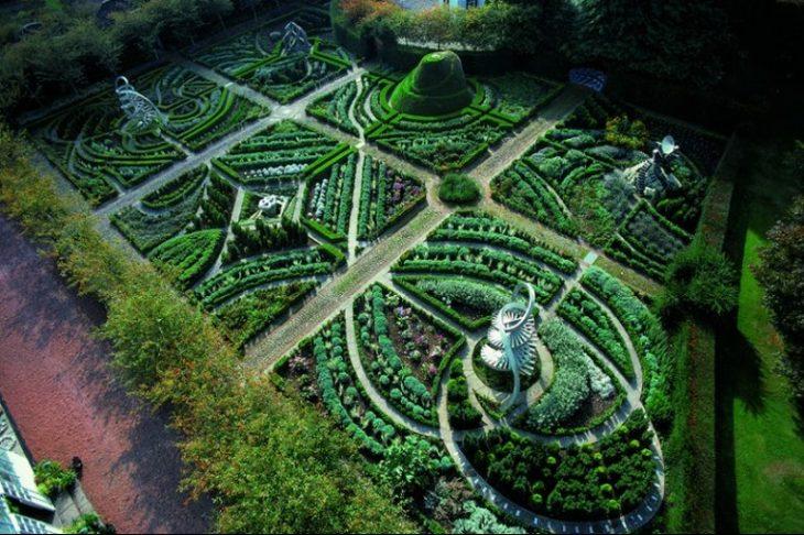 Самые необычные сады мира, красивейшие фото