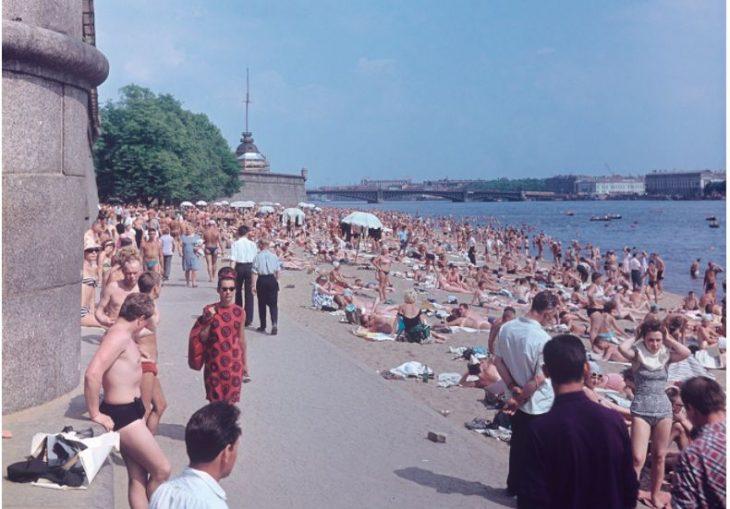 Типичный советский пляж: подборка интересных ретро-снимков